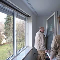 در و پنجره by Kneer GmbH, Fenster und Türen