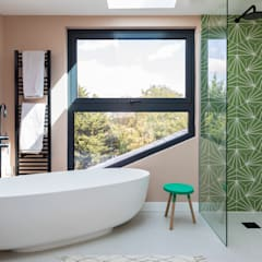 Brockley Extension and Conversion Modern bathroom by Urbanist Architecture Modern