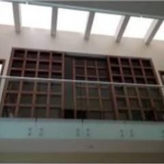 Projekty,  Okna dachowe zaprojektowane przez Proveedora Industrial de Construcción Carducci, SA de CV