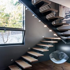 Stairs by MODULAR HOME