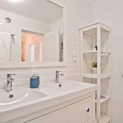 에클레틱 욕실 by Santiago | Interior Design Studio 에클레틱 (Eclectic)