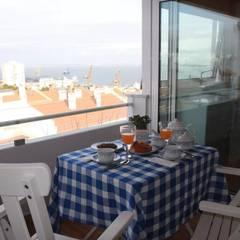 Apartamento T1 na Graça por EU LISBOA Moderno