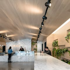 Kekomo: Locales gastronómicos de estilo  de Pablo Muñoz Payá Arquitectos