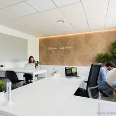 مكاتب ومحلات تنفيذ Pablo Muñoz Payá Arquitectos