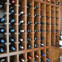 Ruang Penyimpanan Wine oleh JWA,Jun Watanabe & Associates, Modern
