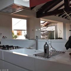 CASCINA M - Home design - Guardamiglio: Cucina in stile  di VANDA