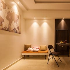 Dining room by Sagar Shah Architects,