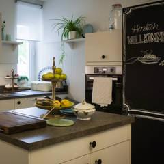 置入式廚房 by DER KÜCHENMEIER