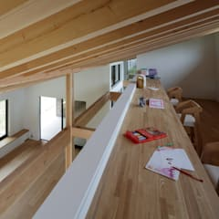 Teen bedroom by TAPO 富岡建築計画事務所, Modern Wood Wood effect