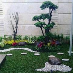 31 ide taman kecil | 082159942323: Ruang Komersial oleh Jasa tukang taman,