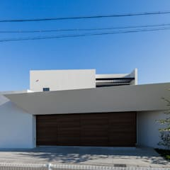 Sat-house 三重県建築賞 知事賞 受賞作: スレッドデザインスタジオが手掛けた一戸建て住宅です。