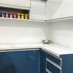 Tủ bếp theo Raj Creation,
