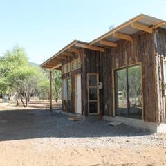 منزل سلبي تنفيذ L2 Arquitectura , ريفي خشب Wood effect
