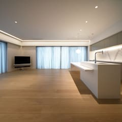 Nyb-apartment(リノベーション): スレッドデザインスタジオが手掛けたリビングです。