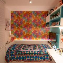 Dormitório RKP: Quartos das meninas  por Bloco Z Arquitetura