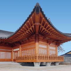 합천이씨종가 - 전통한옥: 성종합건축사사무소의  주택