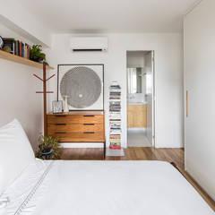 Kleine slaapkamer door INÁ Arquitetura