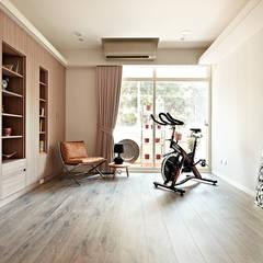 Gym by 耀昀創意設計有限公司/Alfonso Ideas