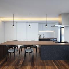 箕面の家: プラスアトリエ一級建築士事務所が手掛けたキッチンです。,