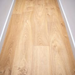 Floors by Grupo Inventia, Modern Wood Wood effect