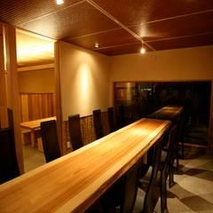 Nhà hàng by 株式会社高野設計工房