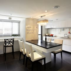 瀰 貢:  廚房 by 耀昀創意設計有限公司/Alfonso Ideas