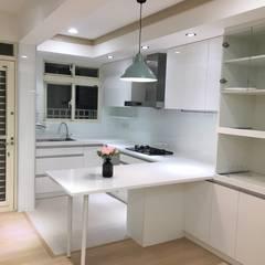 Kitchen by 捷士空間設計(省錢裝潢), Modern