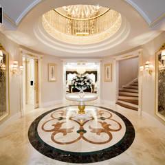 Sia Moore Archıtecture Interıor Desıgn – Bosphorus City Villa - İstanbul / Türkiye :  tarz Koridor ve Hol, Klasik Mermer