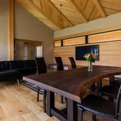 Dining room by 田中洋平建築設計事務所