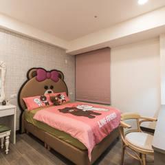 ห้องนอนเด็กหญิง by 德廚臻品 室內設計公司
