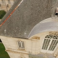 Inspection par drone en prises vue aériennes : Hôtels de style  par Drone-malin