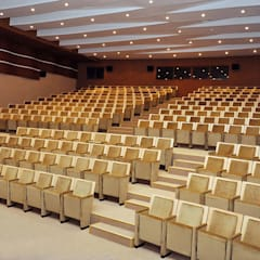 Conference Centres by GALA SAHNE SİSTEMLERİ