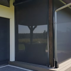 Rolety SCREEN ANWIS Klasyczny balkon, taras i weranda od ANWIS Sp. z o.o. Klasyczny