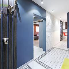 Ремонт трехкомнатной квартиры 81 кв. м в стиле лофт: Коридор и прихожая в . Автор – ЕвроДом