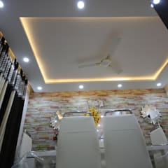 Mr Shiva Nadh Reddy | 2BHK | Bangalore | Full Furnished Home:  Dining room by Enrich Interiors & Decors