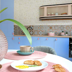 Mieszkanie na wynajem w Szczyrku: styl , w kategorii Małe kuchnie zaprojektowany przez Pracownia Projektowania i Stylizacji Wnętrz Gaba Kliś