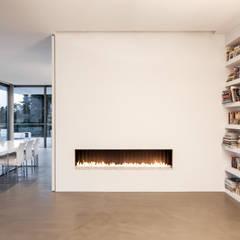 Villa von Stein:  Wohnzimmer von Philipp Architekten - Anna Philipp