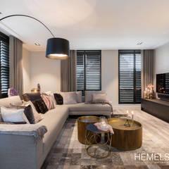 Opgewarmd design:  Woonkamer door Hemels Wonen interieuradvies , Modern Hout Hout