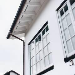 Wooden windows by Przedsiębiorstwo Bizmet Spółka z o.o.