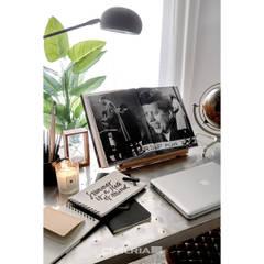 DOCA: Escritórios e Espaços de trabalho  por CIVILRIA,Moderno