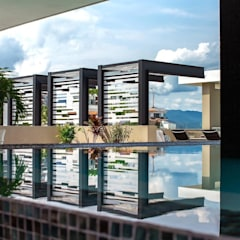 Infinity pool by DECO Designers