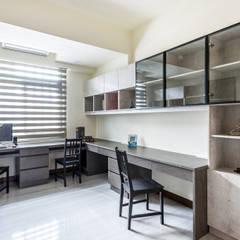 مكتب عمل أو دراسة تنفيذ 德廚臻品 室內設計公司