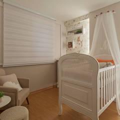 Botelho e Friche arquitetura의  아기 방
