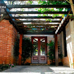 Дома на одну семью в . Автор – TERRABENTO ARQUITETURA E MOBILIário,