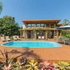 Salão de festas litoral: Casas do campo e fazendas  por Arqsoft Arquitetura e Engenharia LTDA