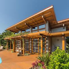 Country house by Arqsoft Arquitetura e Engenharia LTDA