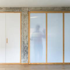Doors by Eeestudio,