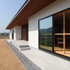 坂出のがらんどう: JMA(Jiro Matsuura Architecture office)が手掛けた窓です。,