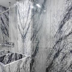 Apartamento com acabamentos de excelência Casas de banho ecléticas por Lisbon Heritage Eclético