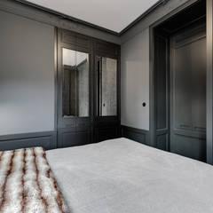 Mieszkanie w stylu minimalistycznym : styl , w kategorii Małe sypialnie zaprojektowany przez Pro-Plan-Foto
